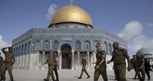 جنود إسرائيليون في المسجد الأقصى