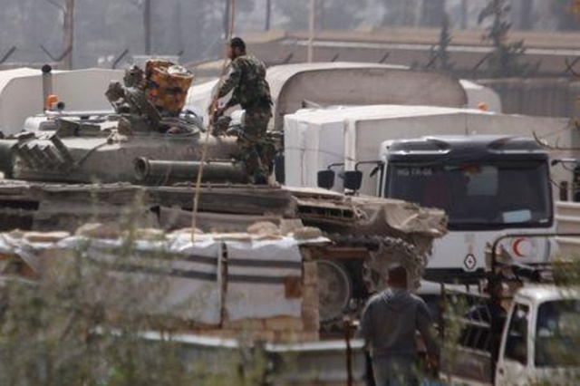 Photo of استئناف الضربات الجوية على الغوطة ودخول قافلة مساعدات