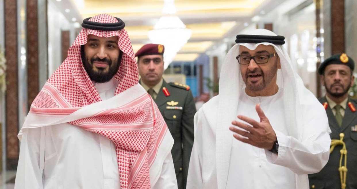 محمد بن زايد (يمين) ومحمد بن سلمان