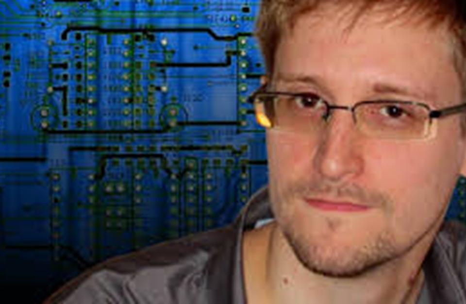 Photo of سنودن يكشف دور التكنولوجيا الإسرائيلية في اغتيال خاشقجي