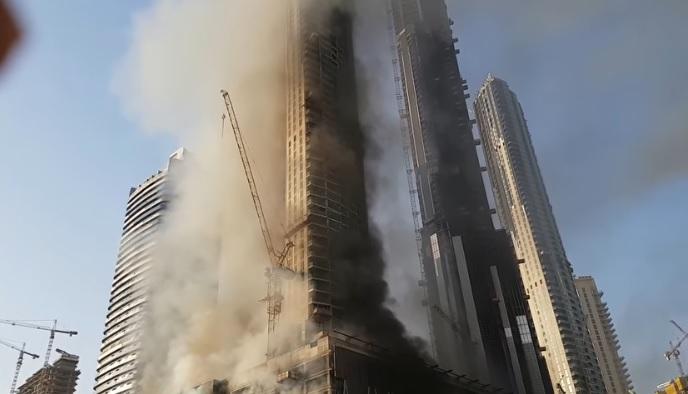 Photo of رويترز: انهيار حلم دبي