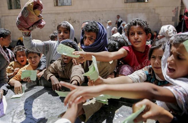 صورة الأمم المتحدة تحذر من تلف القمح في الحديدة