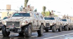 مدرعات إماراتية مع قوات حفتر التي تقاتل الحكومة الليبية الشرعية