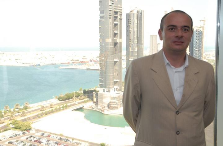 الصحفي الأردني تيسير النجار