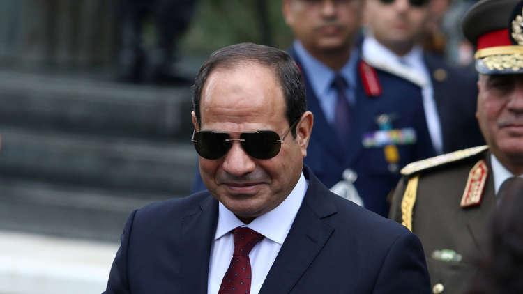 صورة البرلمان المصري يدرس منح الرئيس حق تعيين المفتي العام