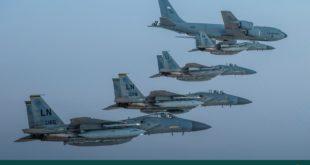 صورة نشرتها وزارة الدفاع السعودية لطلعات جوية مشتركة بين السعودية وأمريكا فوق منطقة الخليج