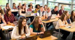 الكثير من الطلاب يرغبون في الحصول على منح دراسية في أمريكا