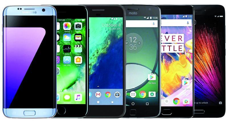 الشركات تتنافس على لقب أفضل هاتف ذكي في العالم