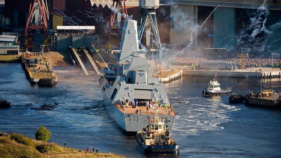 Photo of البحرية البريطانية تضبط مخدرات بـ4 ملايين دولار في خليج عمان
