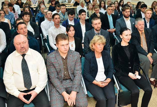 جانب من المؤتمر الذي عقد في روسيا لمناقشة الاتجار بالبشر في دبي