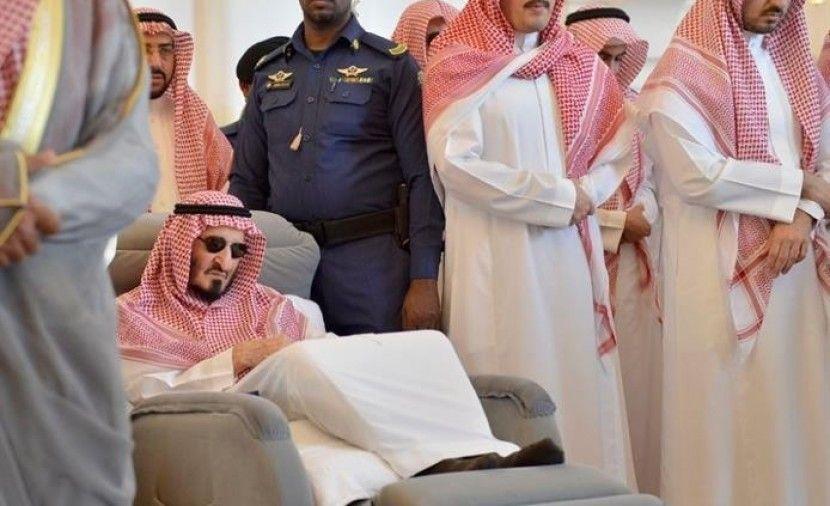 الأمير الراحل بندر بن عبدالعزيز آل سعود