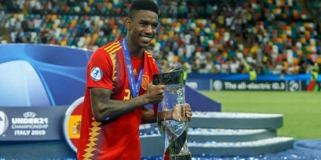 لاعب برشلونة الجديد جونيور فيربو