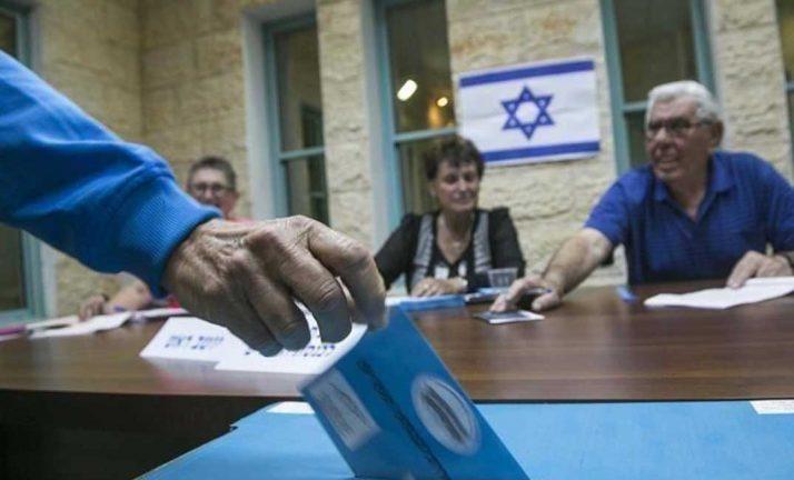 صورة انطلاق الانتخابات البرلمانية الإسرائيلية الثالثة خلال عام وسط جمود سياسي