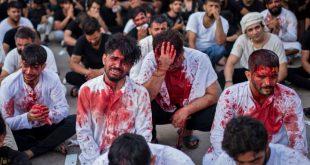جانب من إحياء الشيعة يوم عاشوراء في العراق