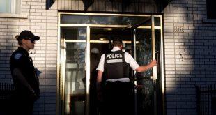 عناصر من الشرطة في كندا
