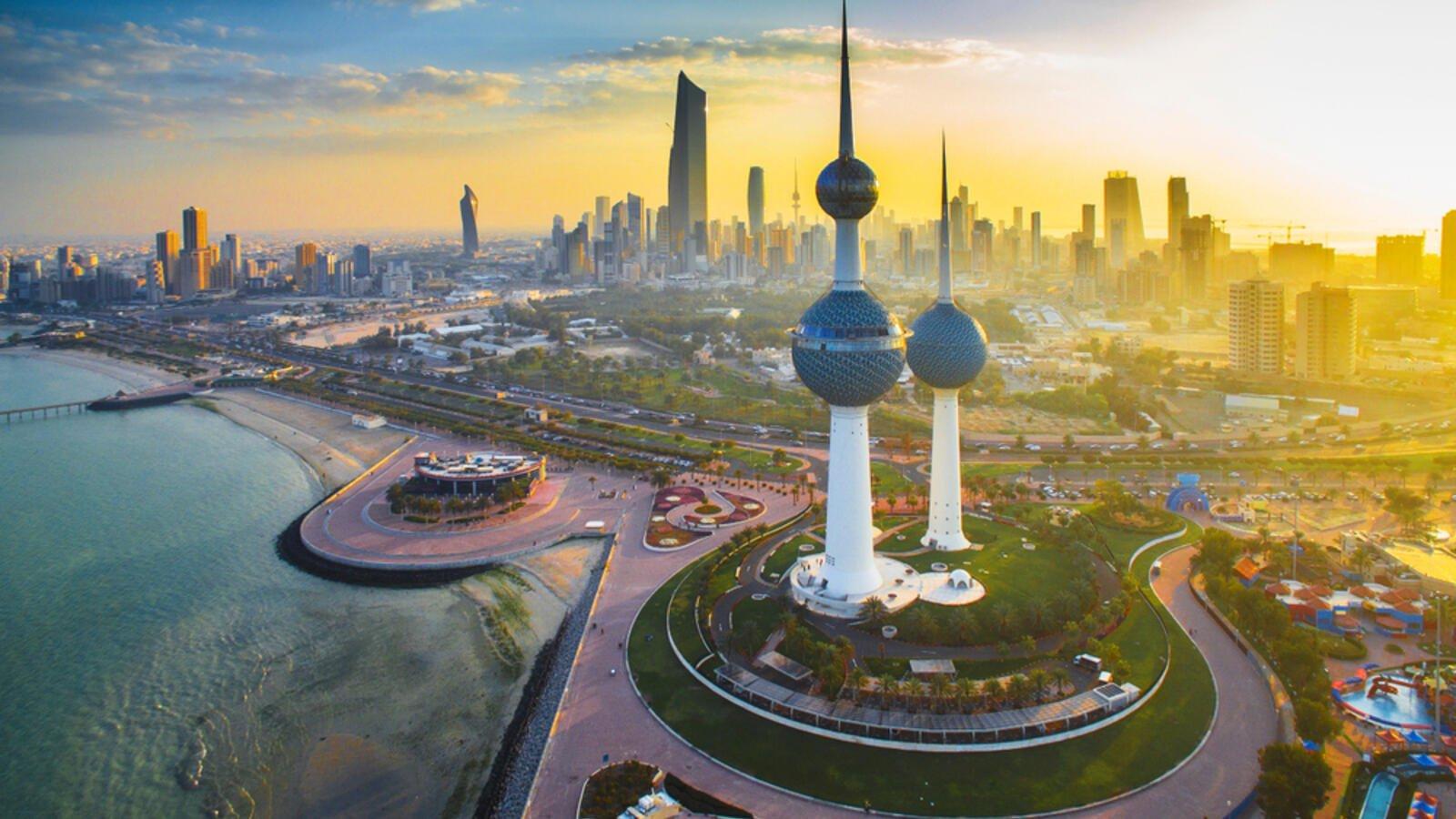 Photo of الكويت تناقش قطع الإعانات المالية عن المواطنين