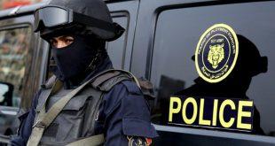 عنصر من الشرطة المصرية