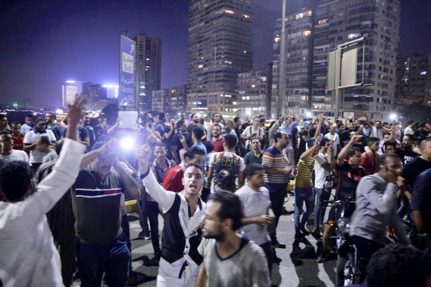 تظاهرات لليوم الثاني في السويس
