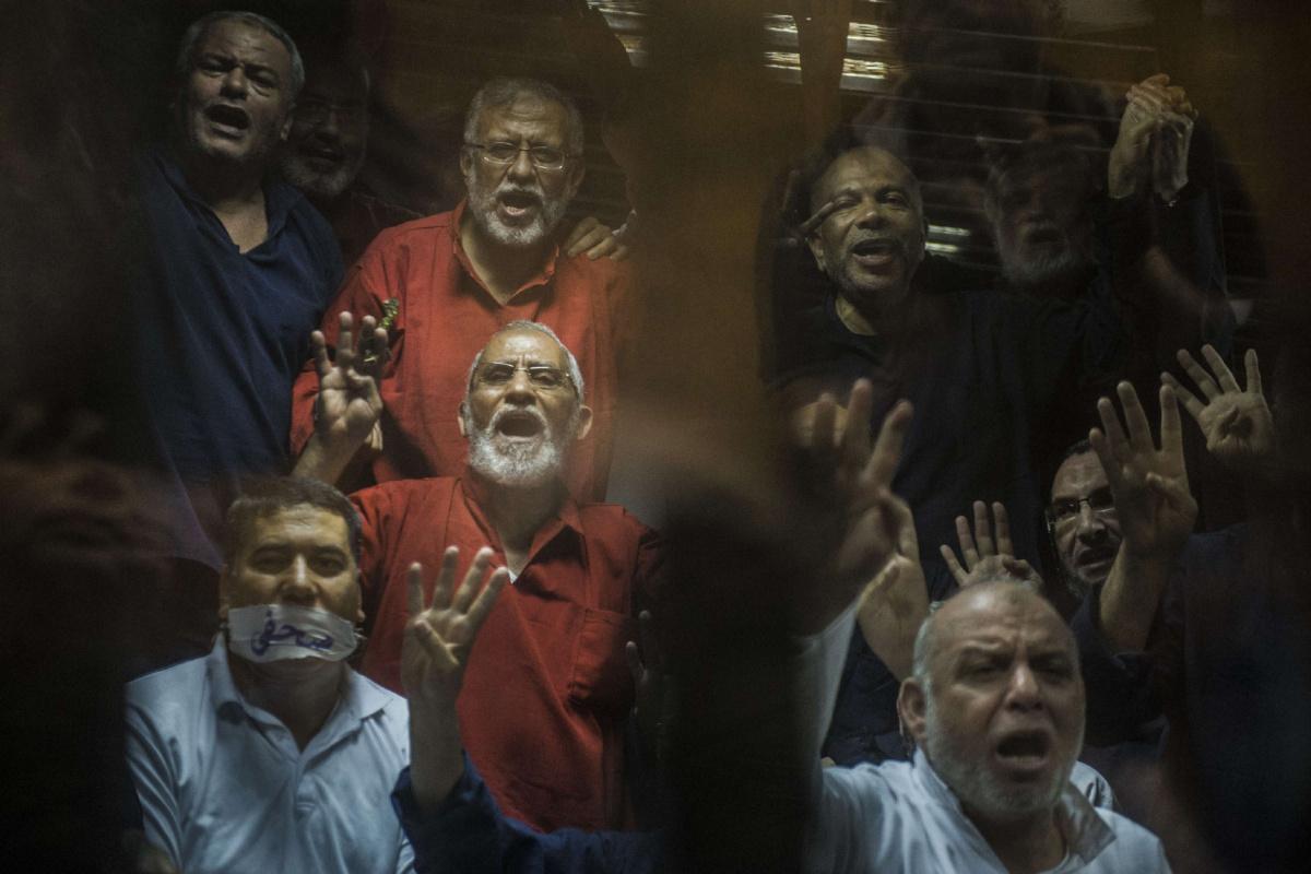 Photo of المؤبد لمرشد الإخوان المسلمين و10 من قادة الجماعة في مصر