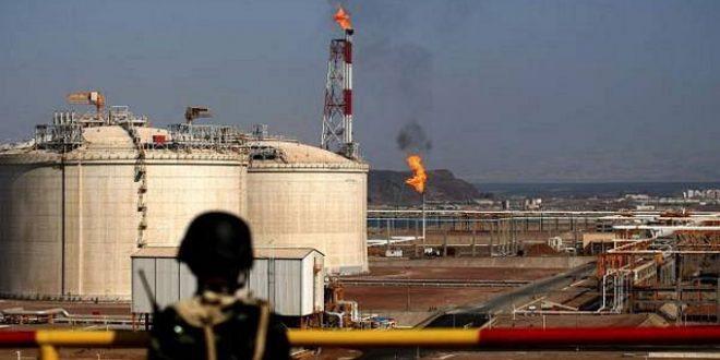 القوات الإماراتية لم تنسحب من منشأة الغاز رغم مناشدات الحكومة اليمنية