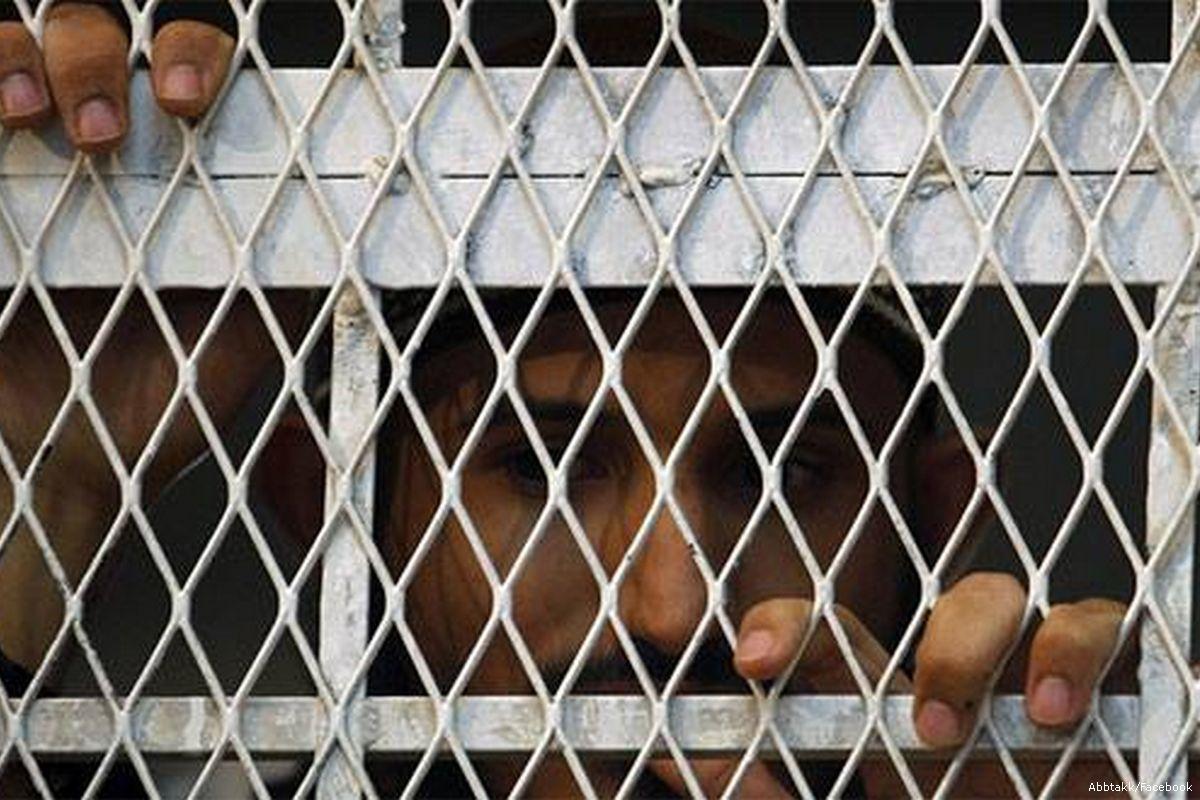 Photo of معتقلون يبدأون إضرابًا عن الطعام في سجن تابع للإمارات في عدن