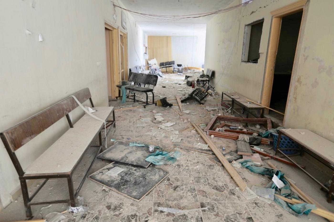 مستشفى في إدلب تضرر نتيجة الغارات الروسية