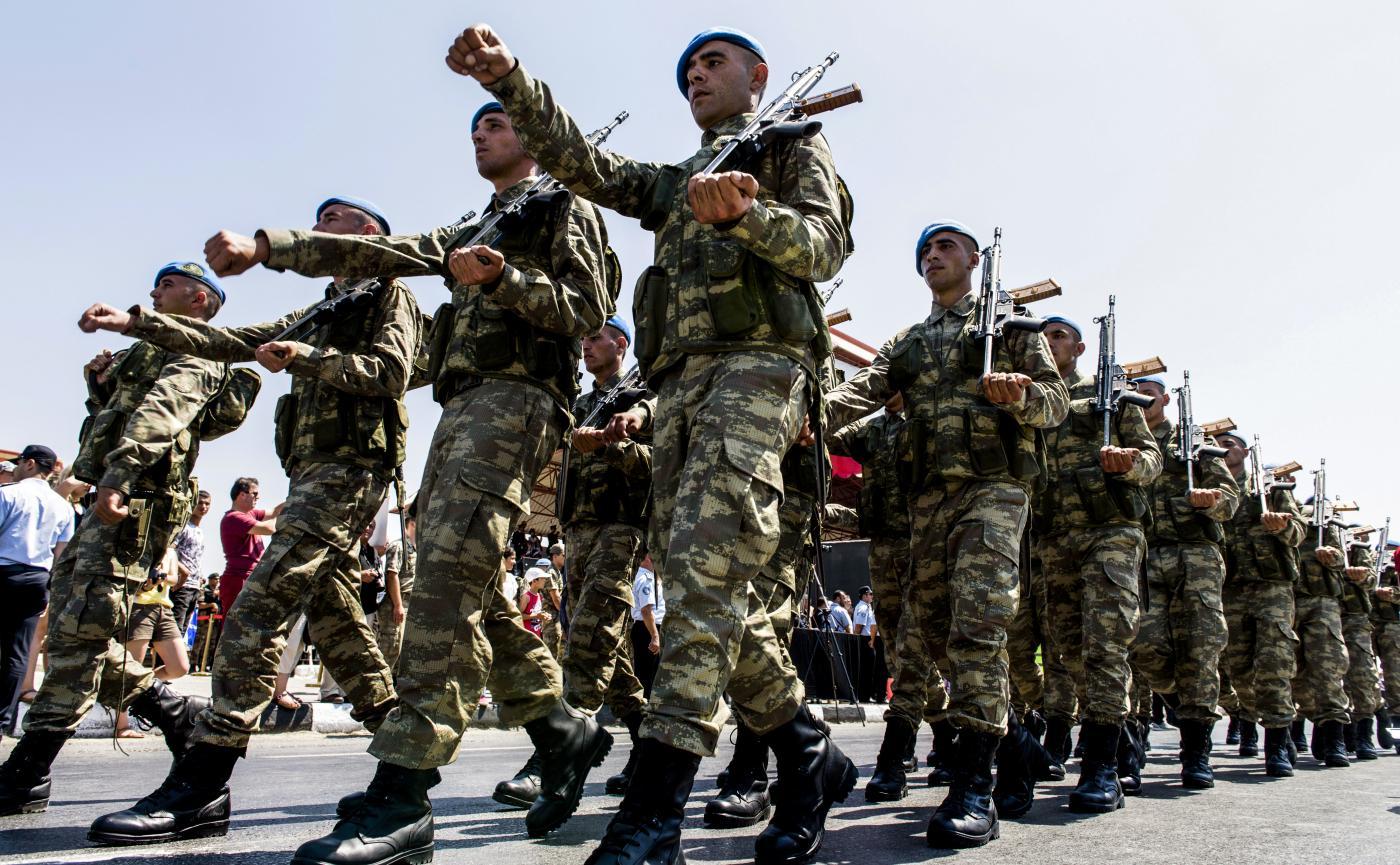 عسكريون أتراك