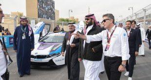 ولي العهد السعودي محمد بن سلمان خلال حضوره سباق فورميلا 1