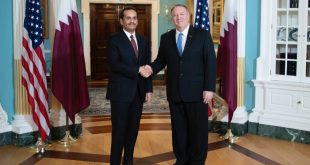 وزير الخارجية الأمريكي مايك بومبو (يمين) ووزير الشؤون الخارجية القطري محمد بن عبد الرحمن آل ثاني في واشنطن بـ12 نوفمبر 2019