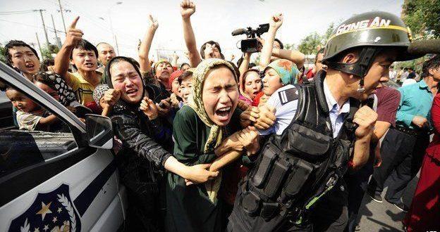 السلطات الصينية تعتقل أكثر من مليون من الإيغور المسلمين في معسكرات مُهينة