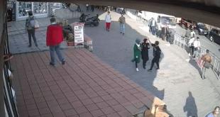 لقطة من فيديو الاعتداء على الفتاة المحجبة في اسطنبول