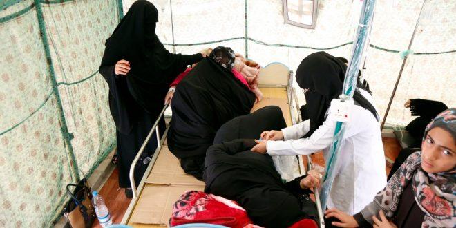 المرضى يتلقون العلاج الطبي في مستشفى في صنعاء ، اليمن في 1 أبريل 2019