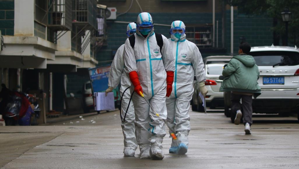 صورة فيروس كورونا الجديد يحصد أرواح 106 حالات ويواصل الانتشار عالميًا
