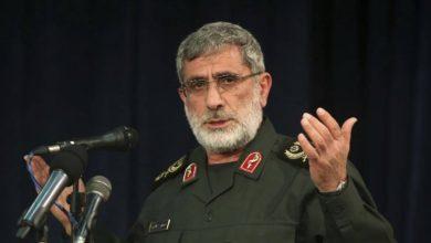 Photo of قائد فيلق القدس الإيراني في زيارة نادرة لساحة المعركة بسوريا