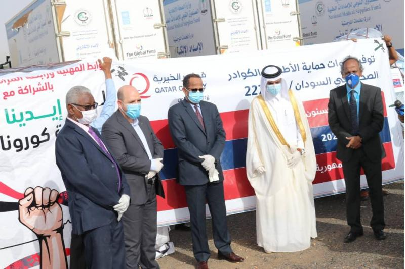 Photo of شحنة مساعدات طبية قطرية تصل السودان