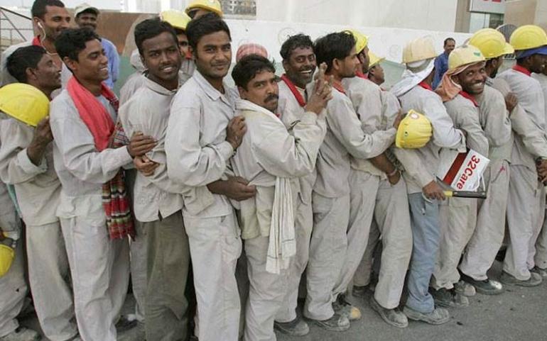 10 آلاف آسيوي في الإمارات