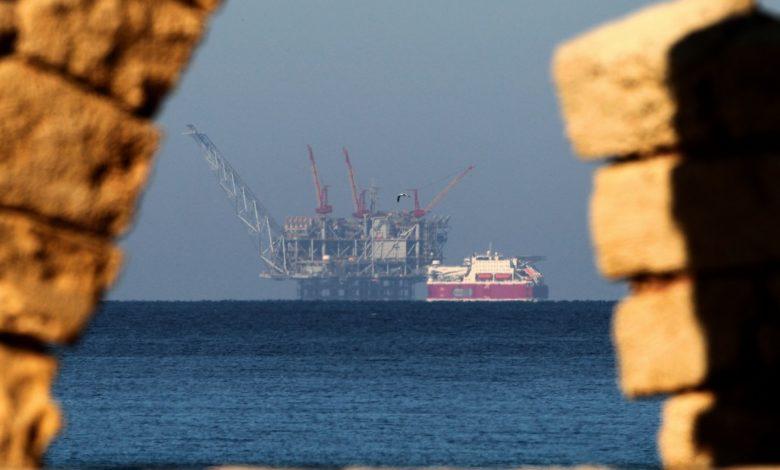 منصة حقل غاز إسرائيلي في البحر الأبيض المتوسط