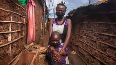 "Photo of ""بلومبيرغ"": احتكار الدول الغنية لقاحات كورونا يوقع الدول الفقيرة بكارثة"