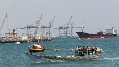 البحرية الإماراتية قبل أيام إنها طاردت 8 قوارب إيرانية