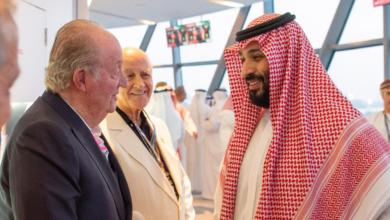 Photo of صحيفة ABC: ملك إسبانيا السابق هرب إلى أبوظبي