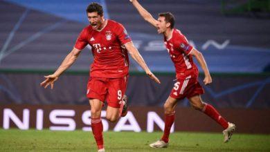 فرحة لاعبي بايرن ميونخ بعد تسجيل هدف في مرمى ليون للتأهل إلى نهائي دوري أبطال أوروبا