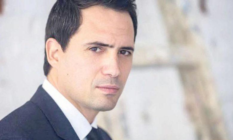 ظافر العابدين يكشف من خلال فيديو الإهمال في الخطوط الجوية التونسية
