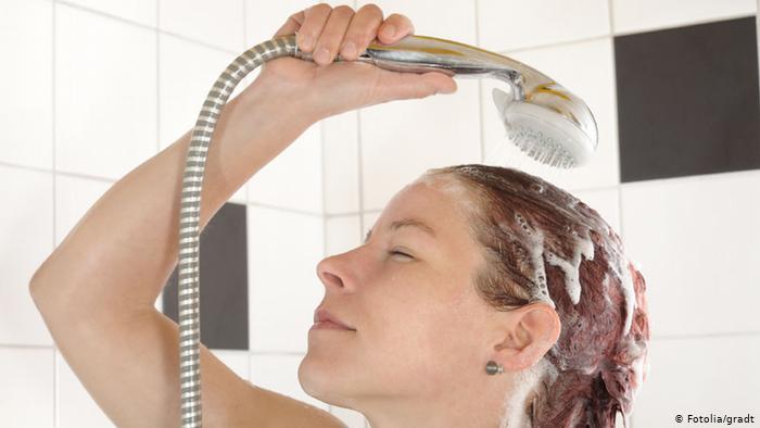 الاستحمام أثناء الدورة الشهرية