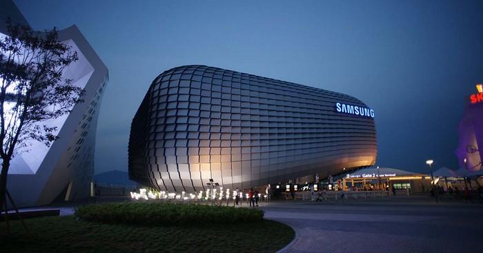 Samsung تفكر في نقل إنتاج الهواتف الذكية إلى الهند