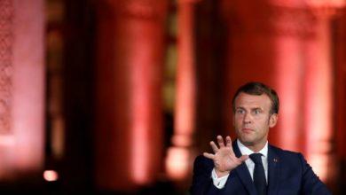 """صورة ماكرون """"يوبخ"""" قادة لبنان بعد فشل المبادرة الفرنسية"""