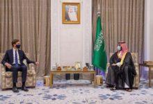 """صورة """"الغارديان"""": السعودية تحث العرب على التطبيع.. وهذا ما قالته للرئيس الفلسطيني"""