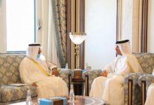 صورة الأمين العام لمجلس التعاون الخليجي يلتقي رئيس الوزراء القطري