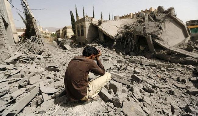 تصاعد الحرب في اليمن يزيد مخاطر المجاعة خاصة مع نقص تمويل البرامج الإنسانية