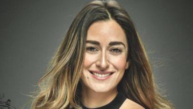 صورة أمينة خليل تتلقى انتقادات بسبب حضورها المهرجان… وترد برد قصير وحاسم