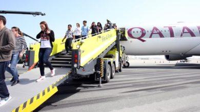 """صورة إعلام قطر يُدين """"ازدواجية معايير"""" هيومن رايتس بخصوص الرضيعة بمطار حمد"""